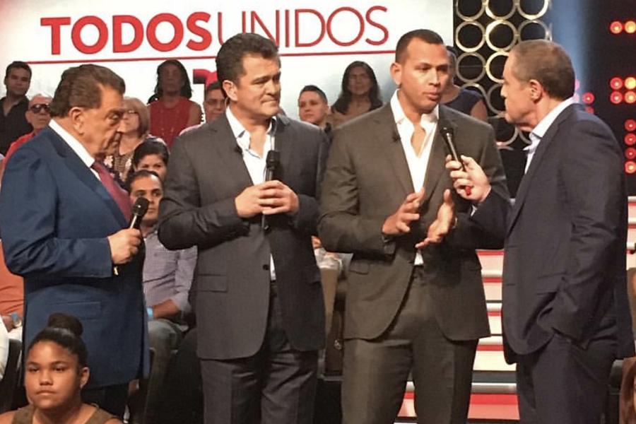 Alex Rodríguez extendió una invitación para ayudar a las víctimas de Puerto Rico y México.
