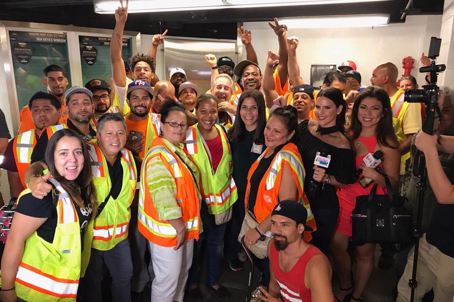 Unida y solidaria con la causa estuvo la editora de Hola USA, Cristy Marrero durante el concierto de Daddy Yankee en Nueva York.