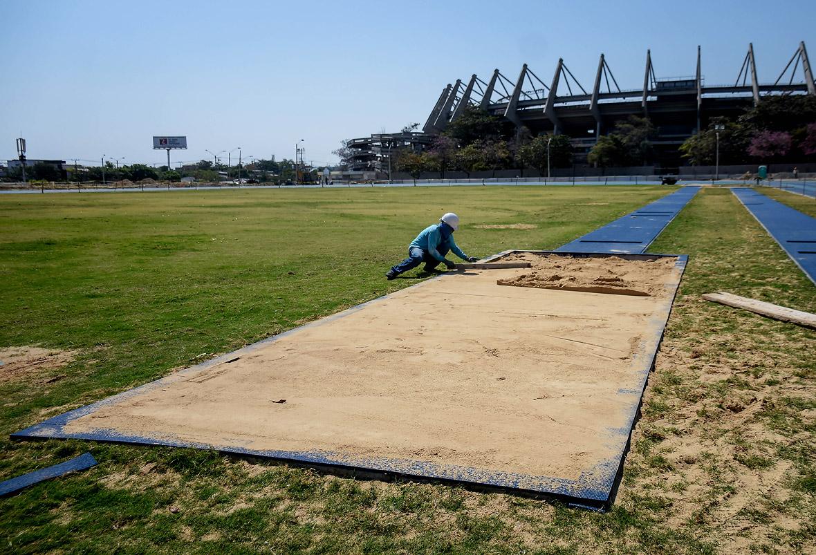 En el sector occidental del estadio se realizarán las pruebas de salto alto y triple.