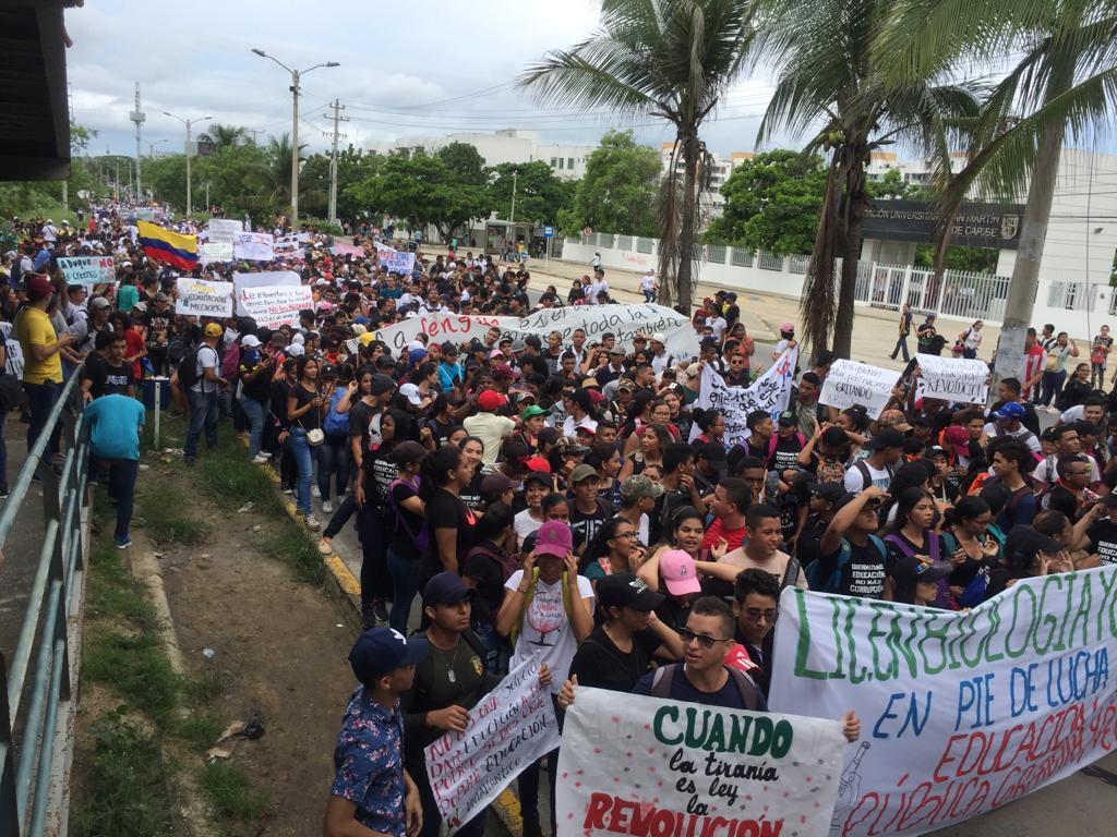 Las 32 universidades públicas del país se han unido a la marcha.