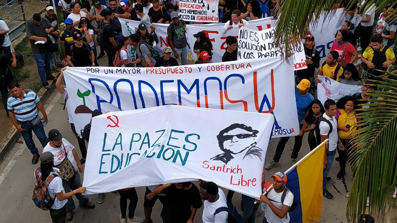 La protesta ha sido convocada por el Movimiento Estudiantil Colombiano.
