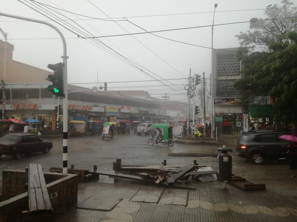 Lluvia registrada en cercanías al Paseo Bolívar.