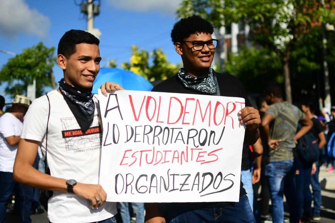 Estudiantes y docentes de las universidades públicas y privadas de la ciudad se concentran desde las 8:00  en la Universidad Autónoma del Caribe.