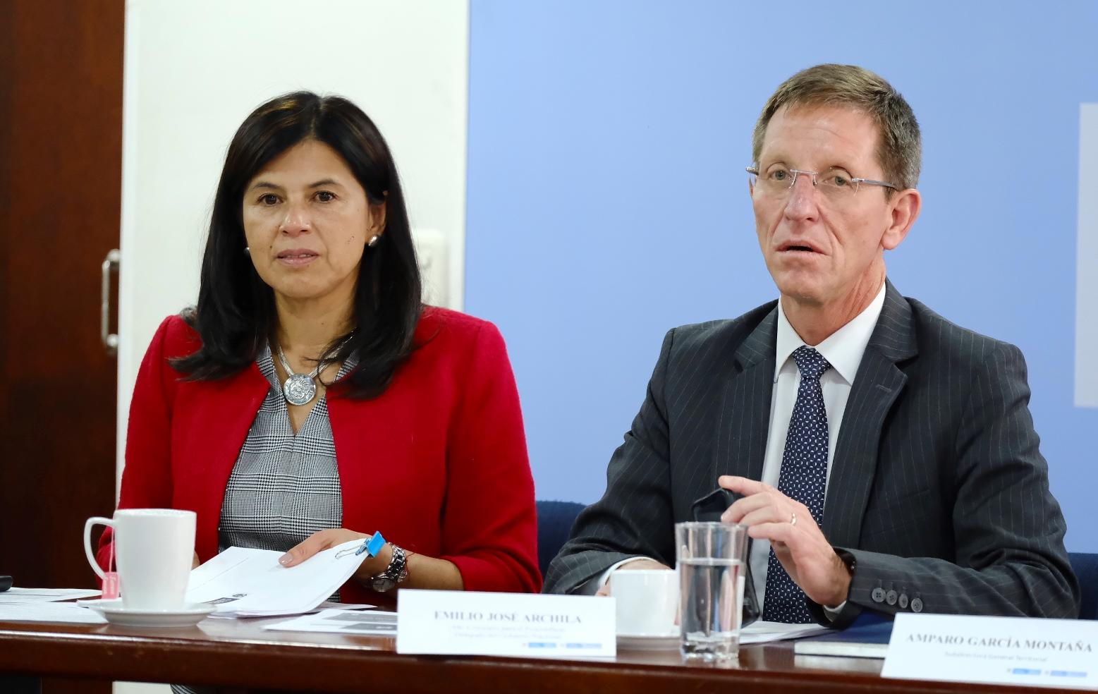 Gloria Alonso, directora de Planeación Nacional, y Emilio Archila, alto consejero para la Estabilización.