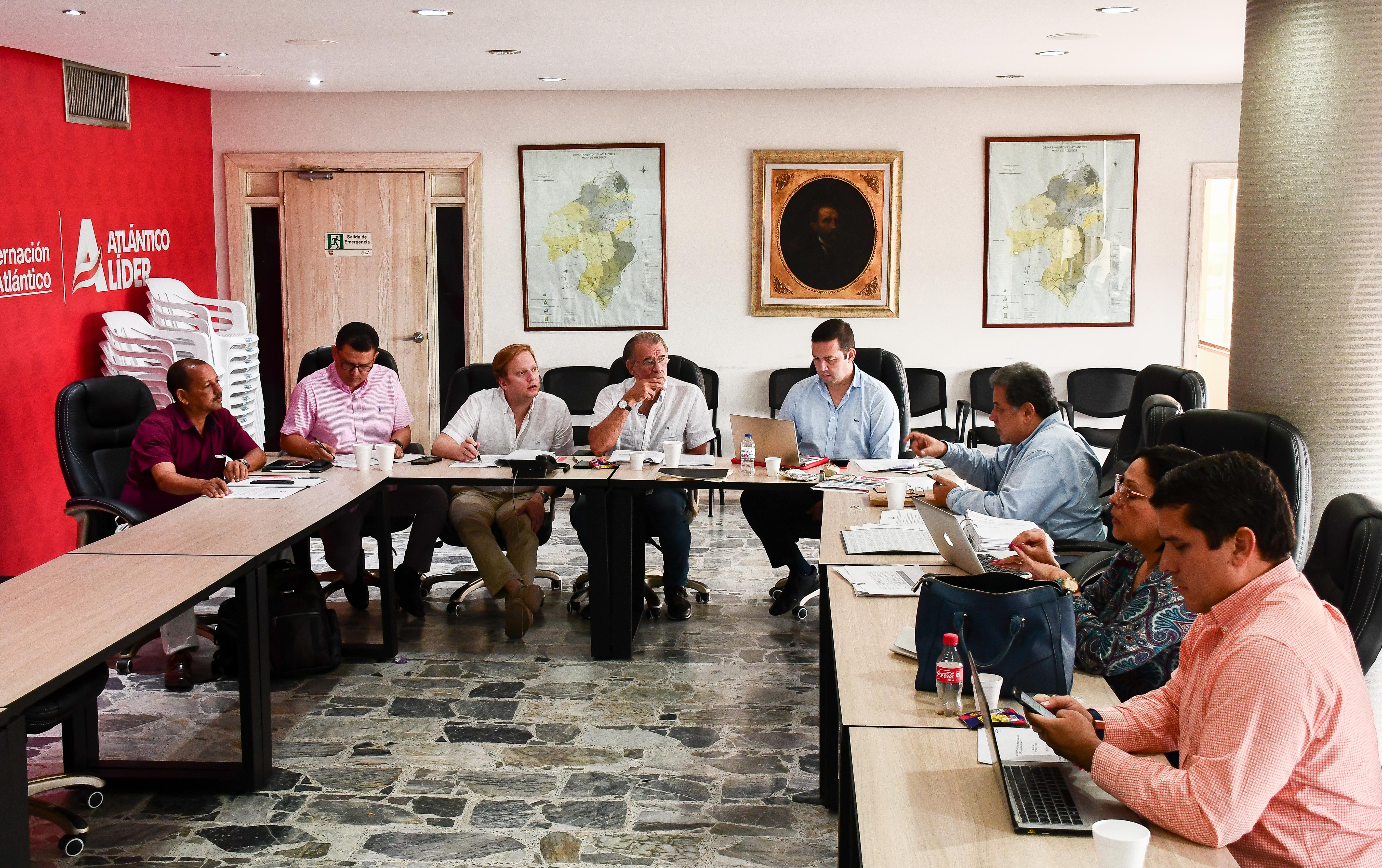Aspecto de la reunión que se llevó a cabo en la Gobernación del Atlántico. |