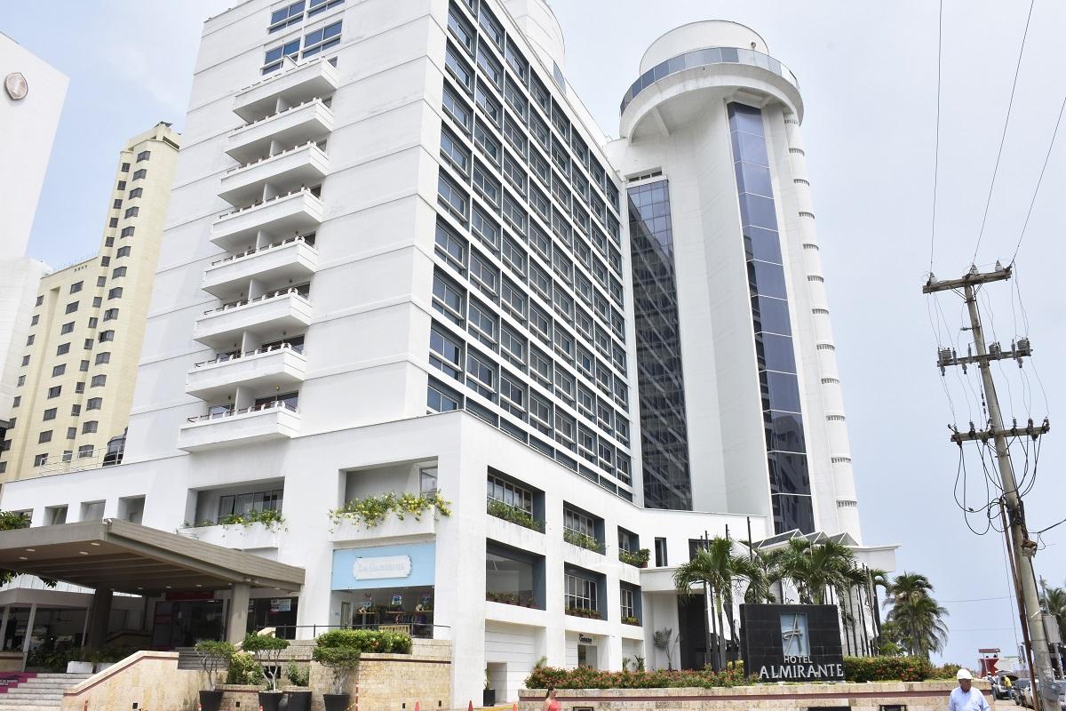 Fachada del emblemático Hotel Almirante de Cartagena.