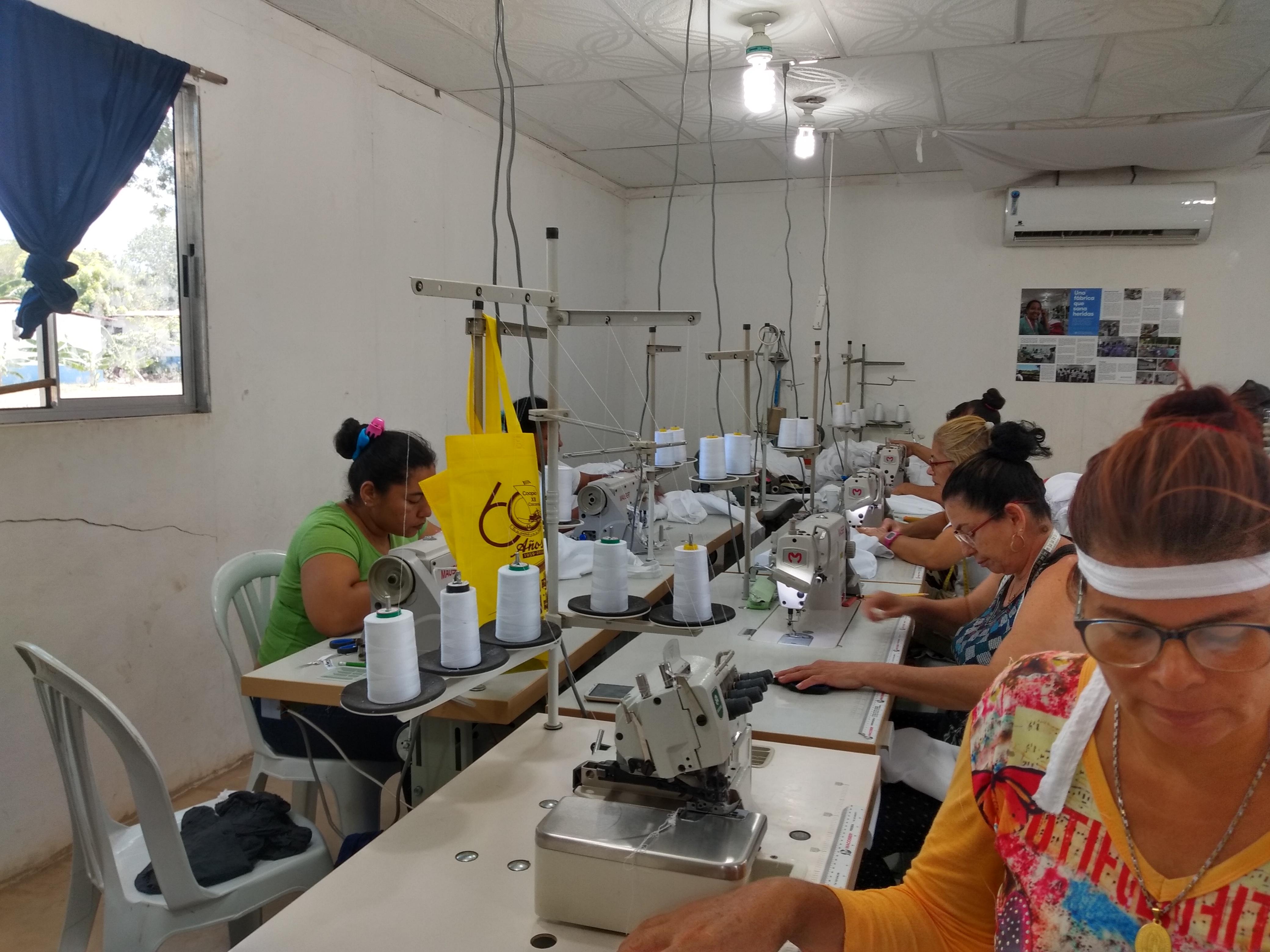 Fábrica de confecciones Fariana en el ETCR.