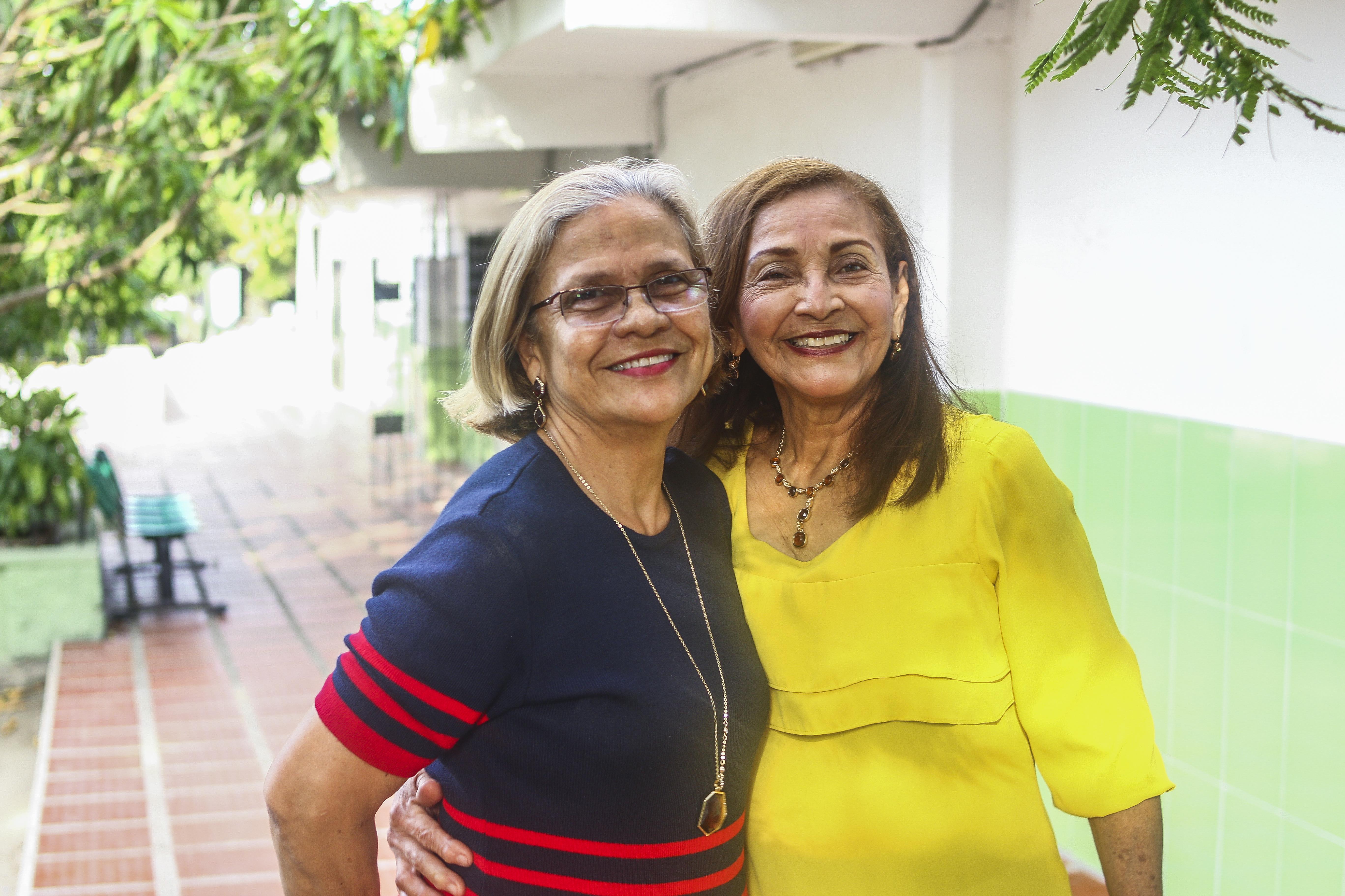 La rectora del I.E.D. María Auxiliadora, María Junco, resalta la dedicación que tiene la 'seño' Margarita con sus alumnos.