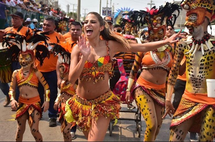 Isabella Chams podría ser la reina del Carnaval 2020.
