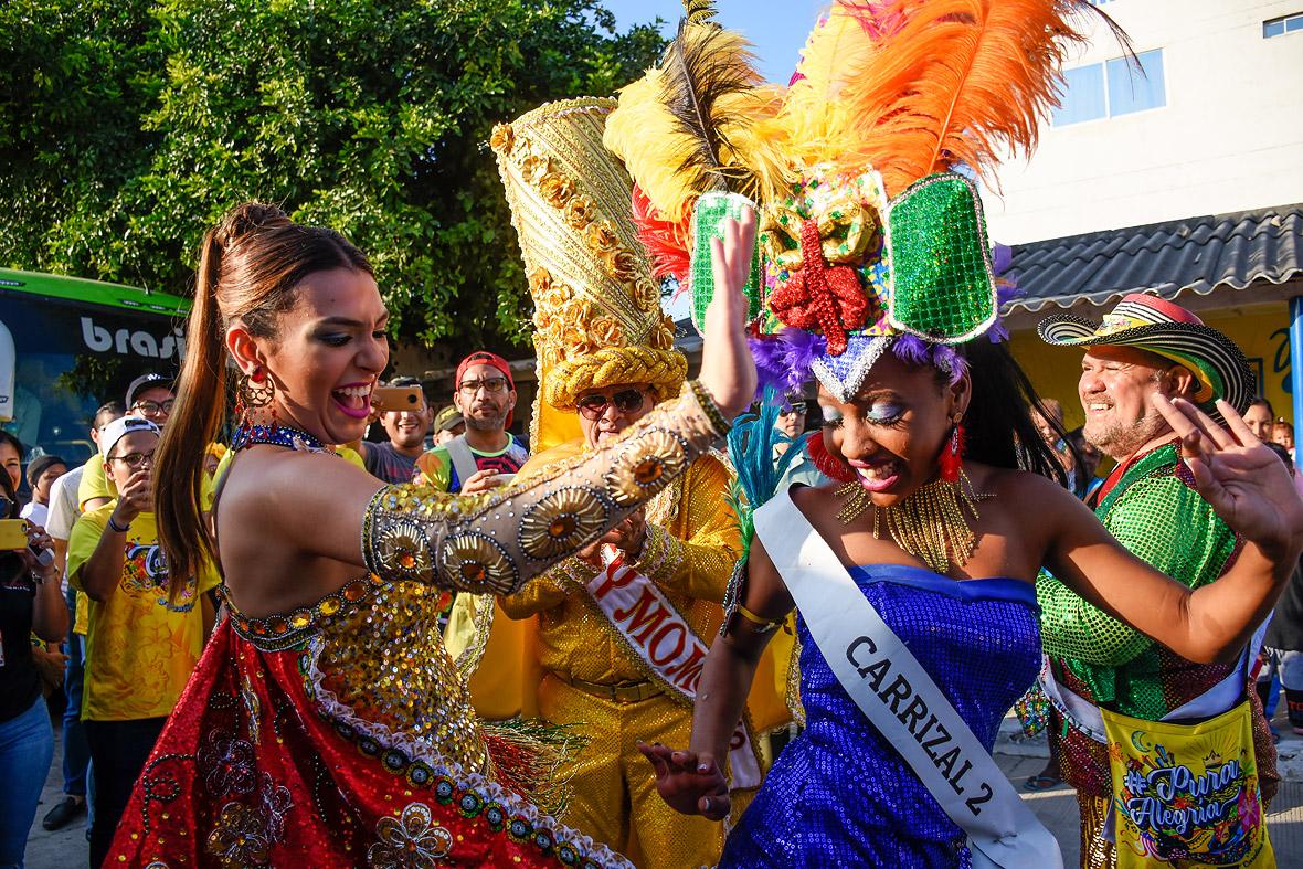 Carolina Segebre y la reina popular de Carrizal 2.