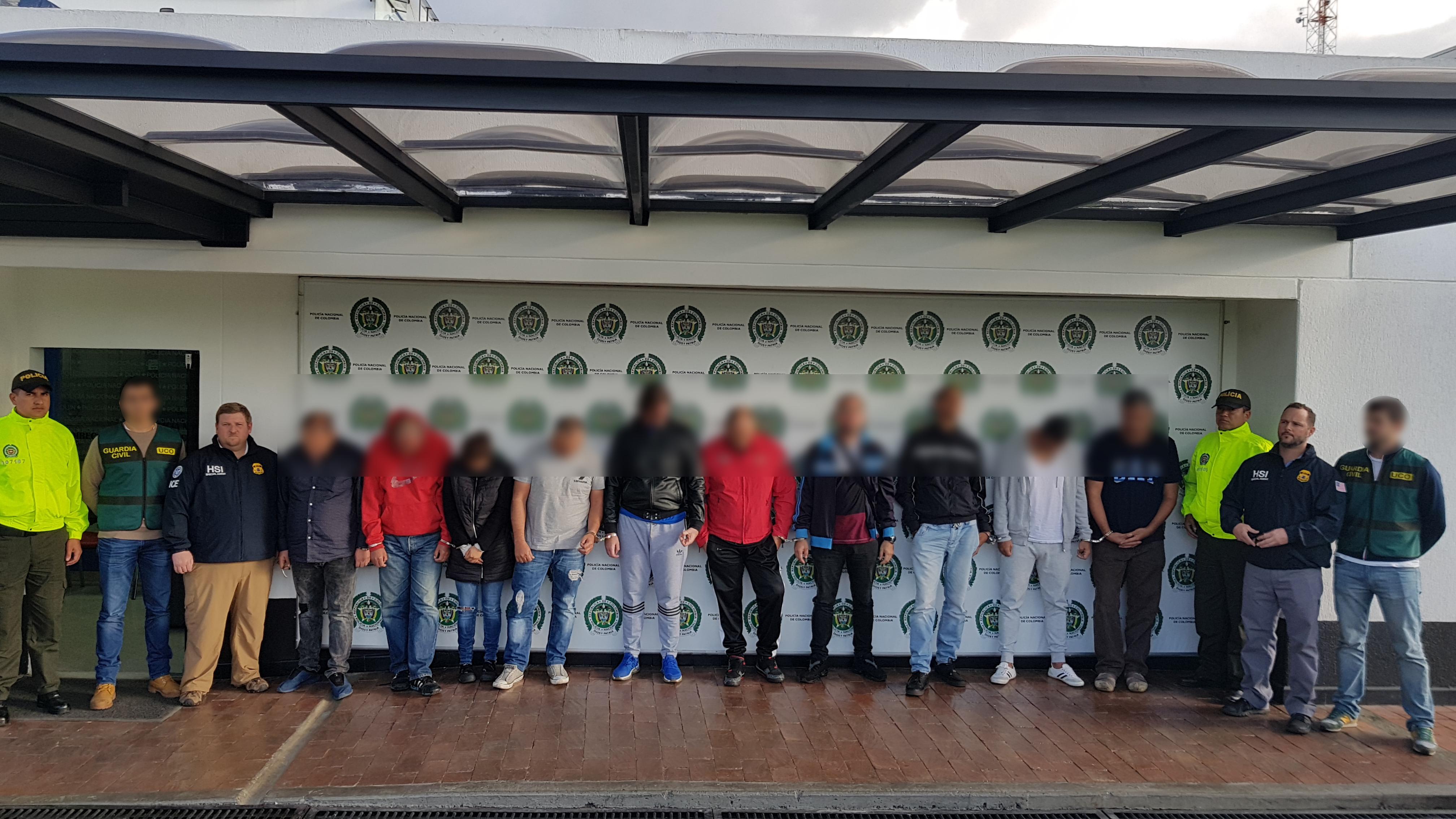 Fotografía de reseña de los capturados en la operación Embajador.