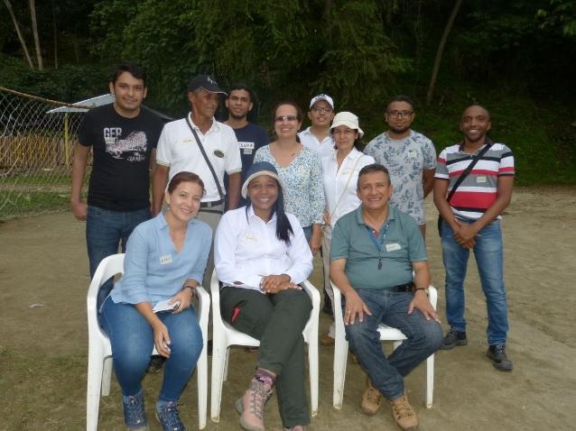 El  grupo de docentes de Uniatlántico en La Secreta.