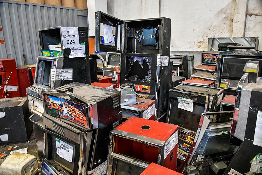 Las máquinas dentro de la bodega en Barranquillita.