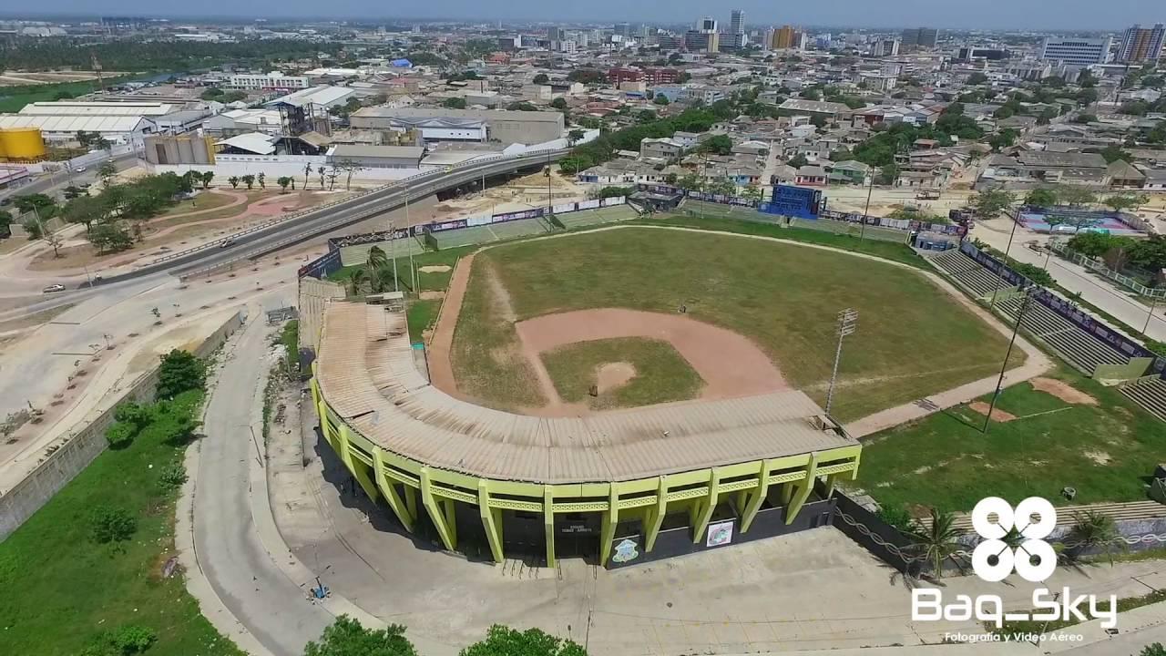 Vista aérea del antiguo estadio  Tomás Arrieta.