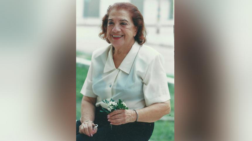 La poeta Meira Delmar.