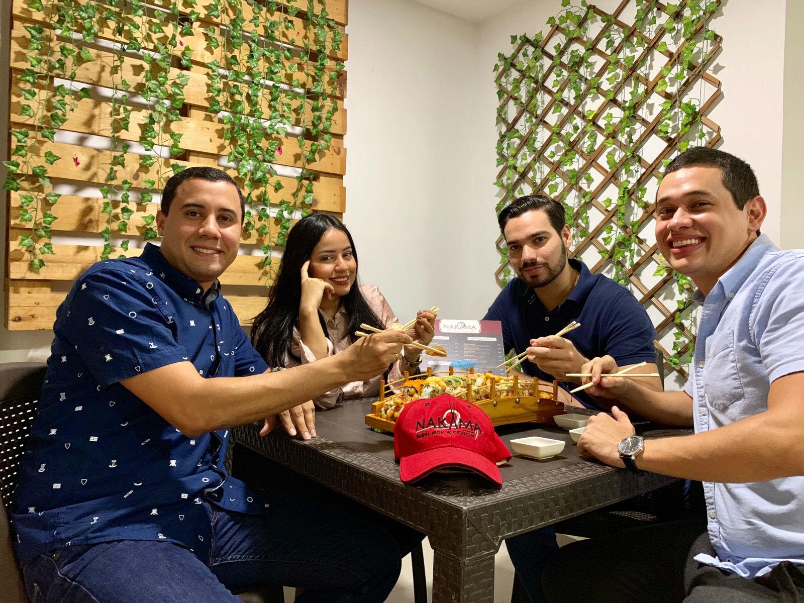 Ricardo Rojas, Katherine Lora, Felix Cassab y Pedro Rueda, socios y creadores de Nakama Shusi en Barranquilla.