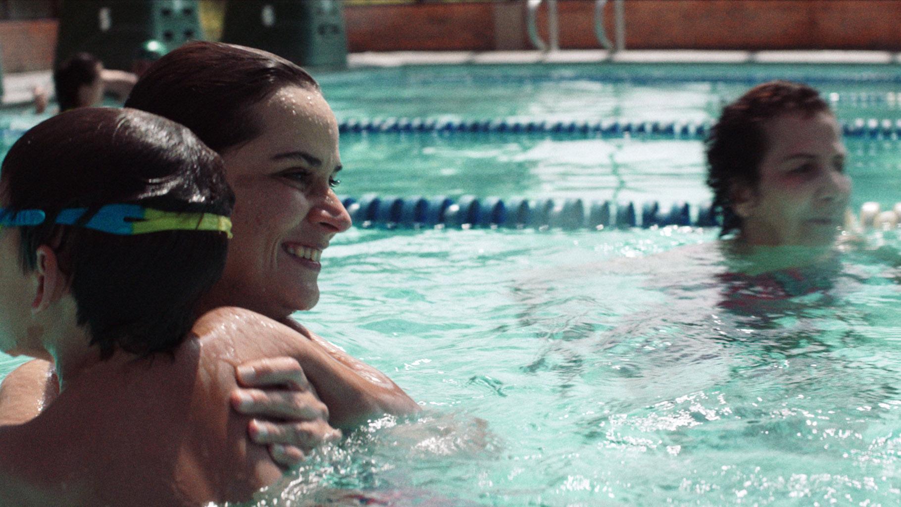 La película protagonizada por Carolina Sanín y Leticia Gómez rinde homenaje a la mujer y la maternidad.