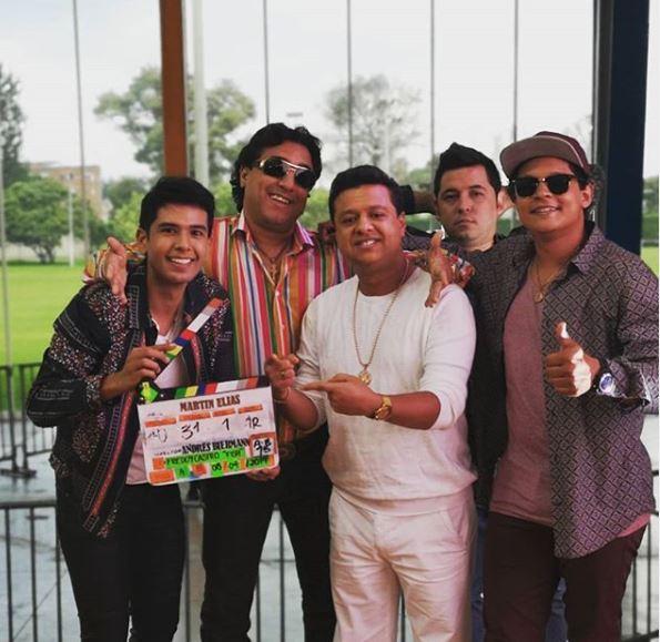 Milciades Cantillo, que hará de Martín Elías; Franco Che, como Diomedes Díaz; y Rafael Santos junto a dos miembros de la producción de la serie.