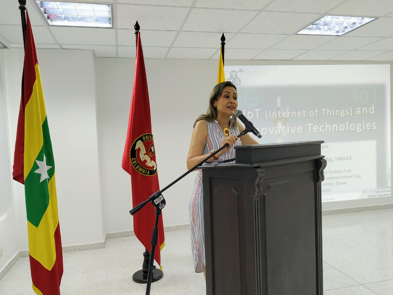Instalación a cargo de la Dra. Beatriz Tovar Carrasquilla, presidente delegada de la Universidad Libre Seccional Barranquilla.