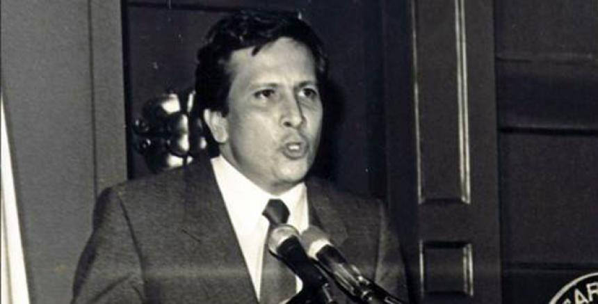 Rodrigo Lara Bonilla, ministro de Justicia asesinado en 1984.