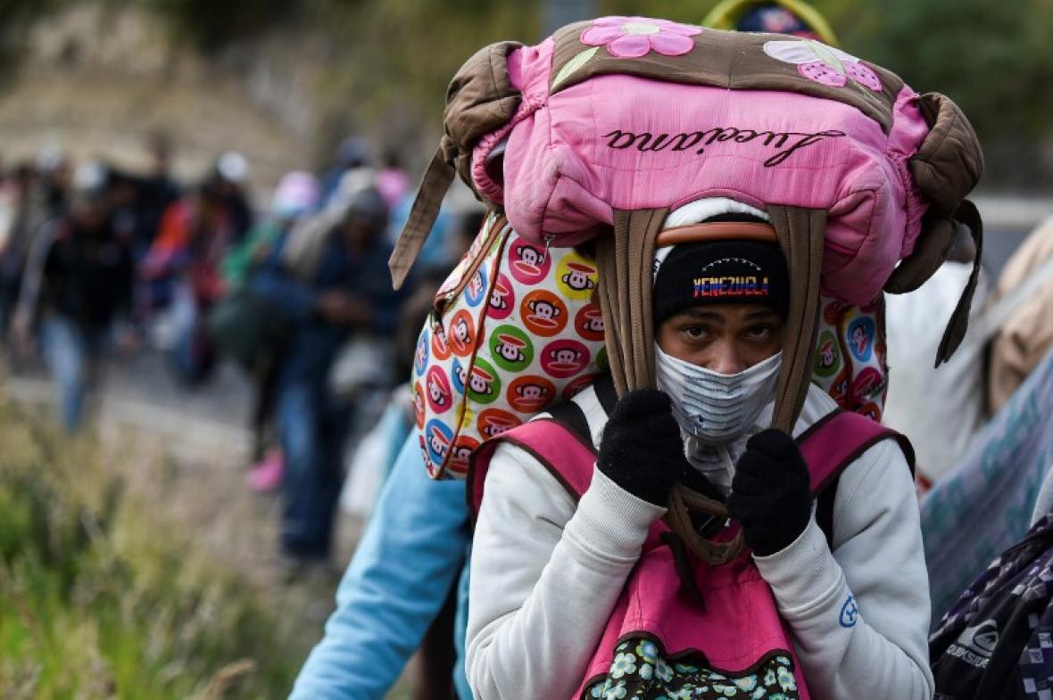 Hay razones para intervenir a Venezuela — Uribe