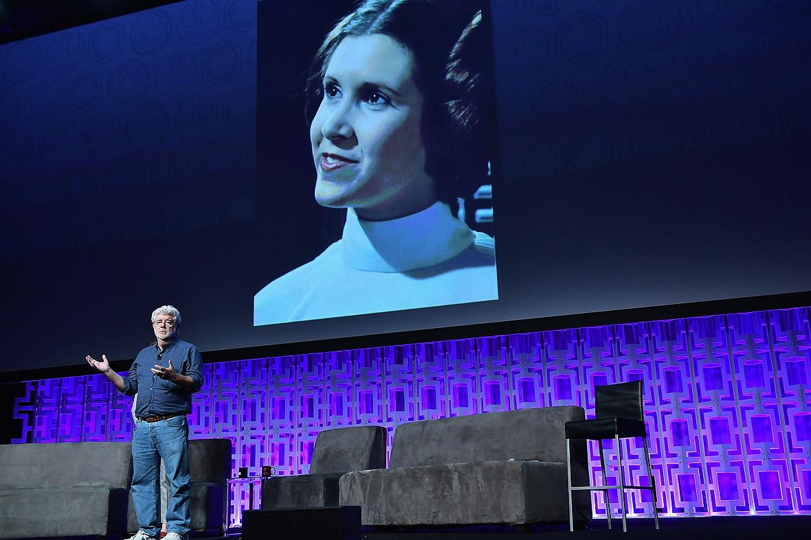 El cineasta George Lucas habla sobre la princesa Leia, interpretada por Fisher, quien fue homenajeada.