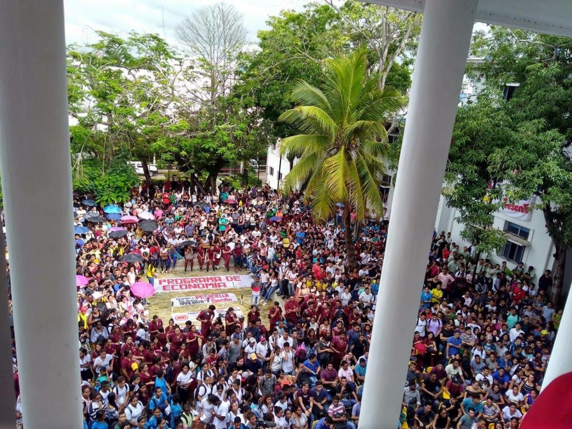 Manifestación de estudiantes en la Unicartagena.