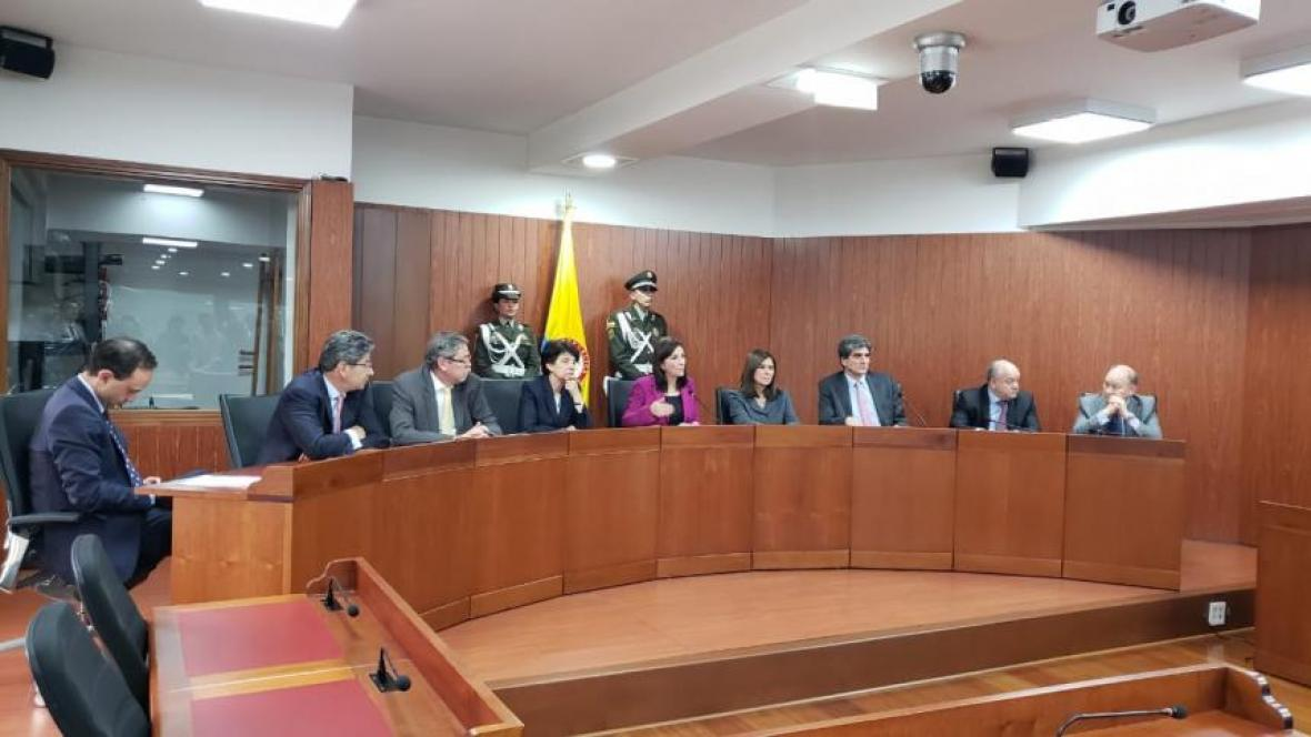 La Corte Constitucional dijo que no tenía competencia para responder consultas legislativas.