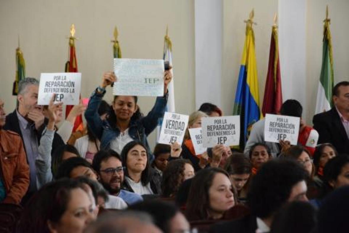 La semana pasada, víctimas de las Farc, durante la Comisión de Paz , manifestaron su apoyo a la JEP.
