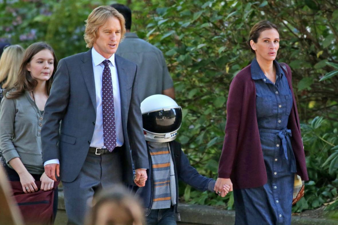 Owen Wilson y Julia Roberts personifican a los padres de Auggie.