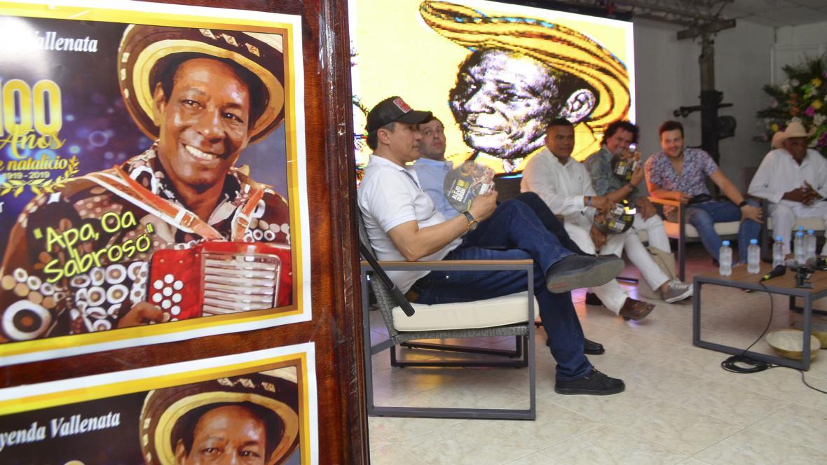 Una exposición de pintura alusiva a Alejandro Durán hace parte de los actos de celebración de los 100 años del natalicio de Alejo Durán.