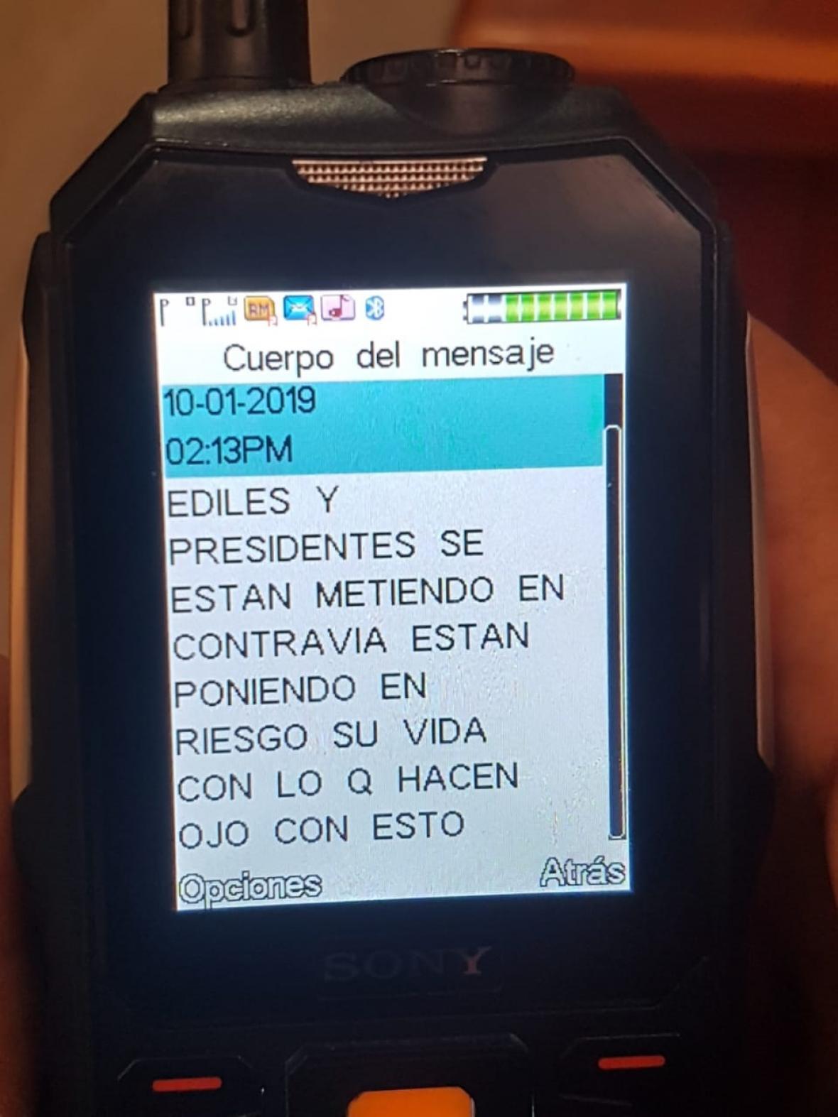 La amenaza enviada a los ediles y comunales a través de celular.