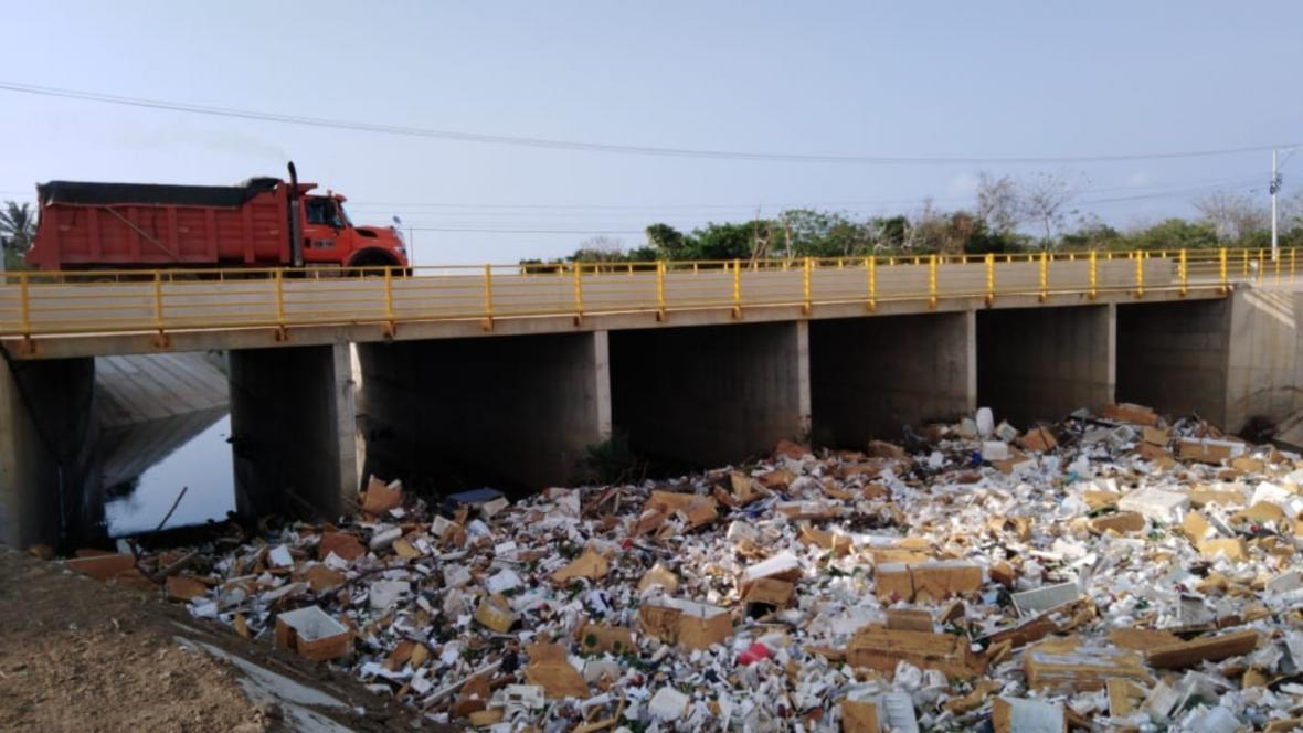 Vista desde el puente de la autopista en Puerto Colombia.
