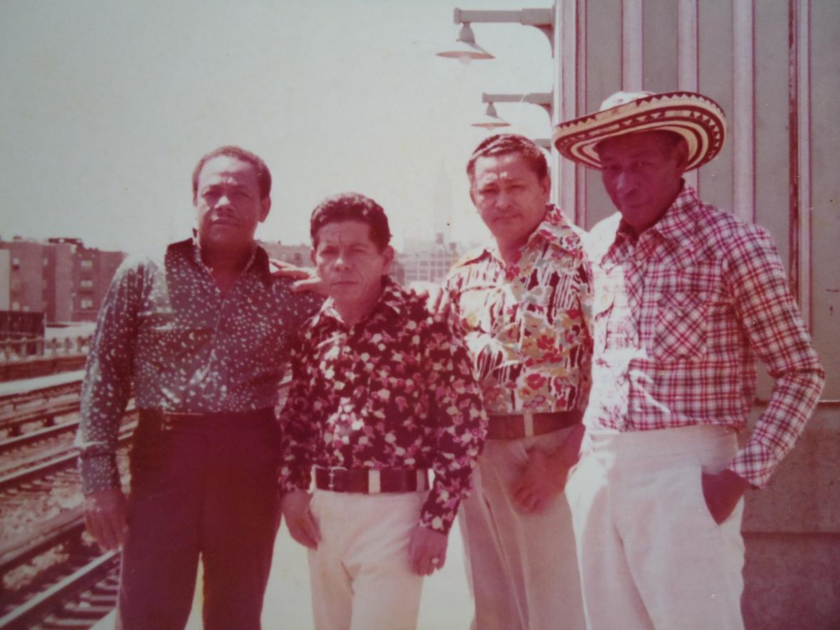 Tapia a la izquierda del 'Negro' Alejo, en New York, cuando actuaron en el Madison Square Garden.