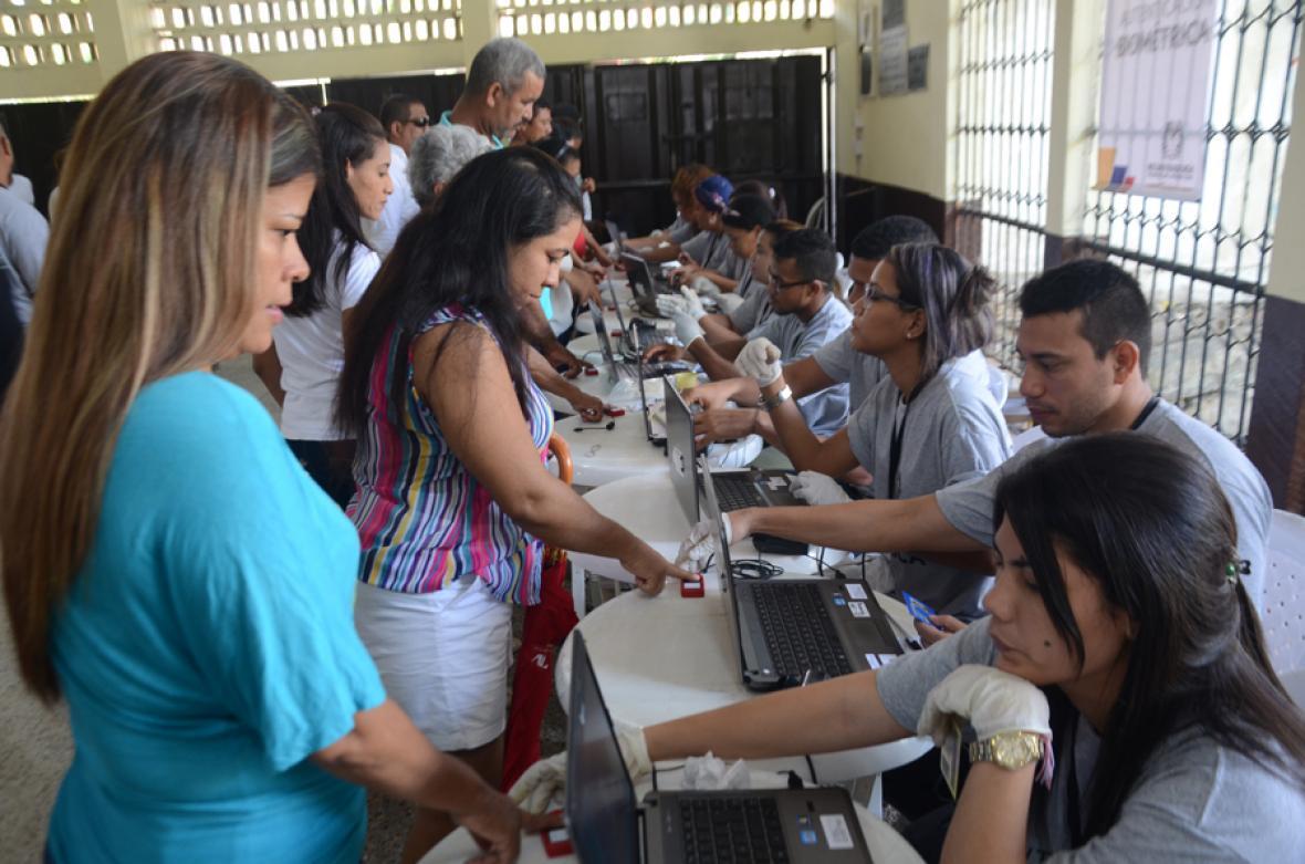 La presencia masiva de votantes fue evidente en la capital de Bolívar.