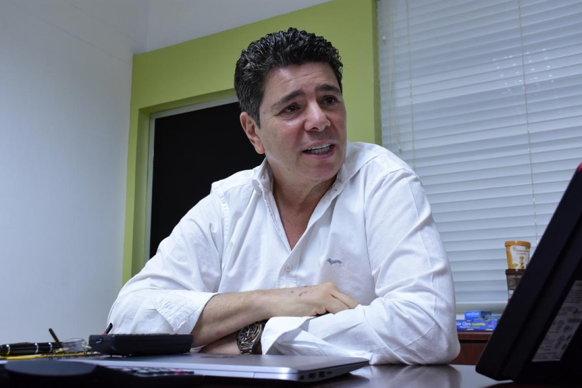 Jimmy Char, presidente de la Federación Colombiana de Béisbol.