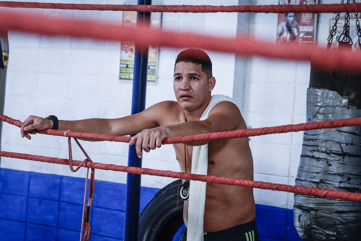 Héctor Manzanilla hace parte del cuerpo de entrenadores del gimnasio Cuadrilátero.