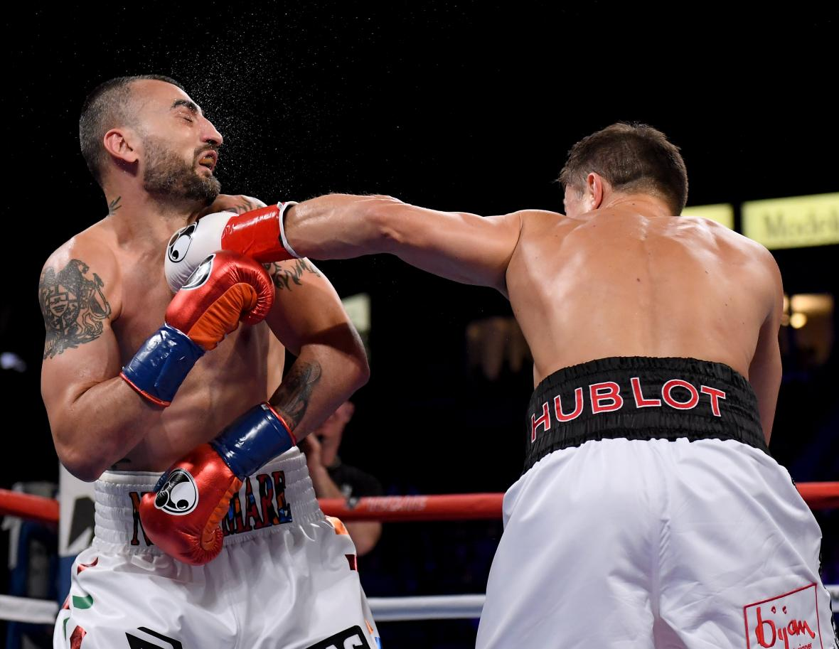 Golovkin durante la pelea con el estadounidense Vanes Martyrosian.