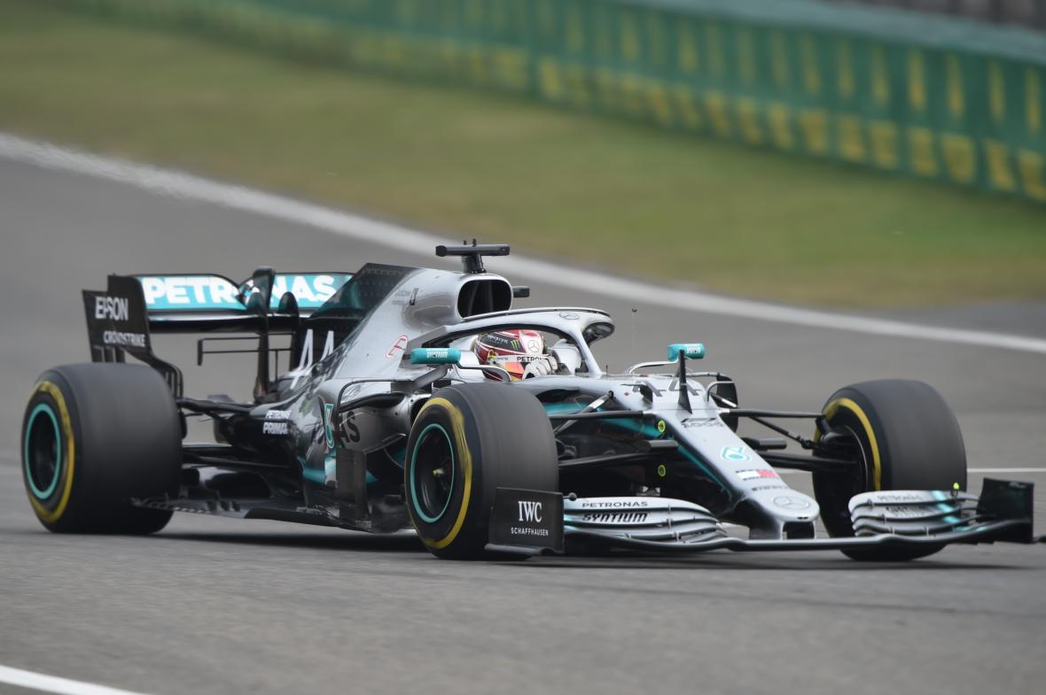 El monoplaza de Lewis Hamilton durante el Gran Premio de Shanghái.