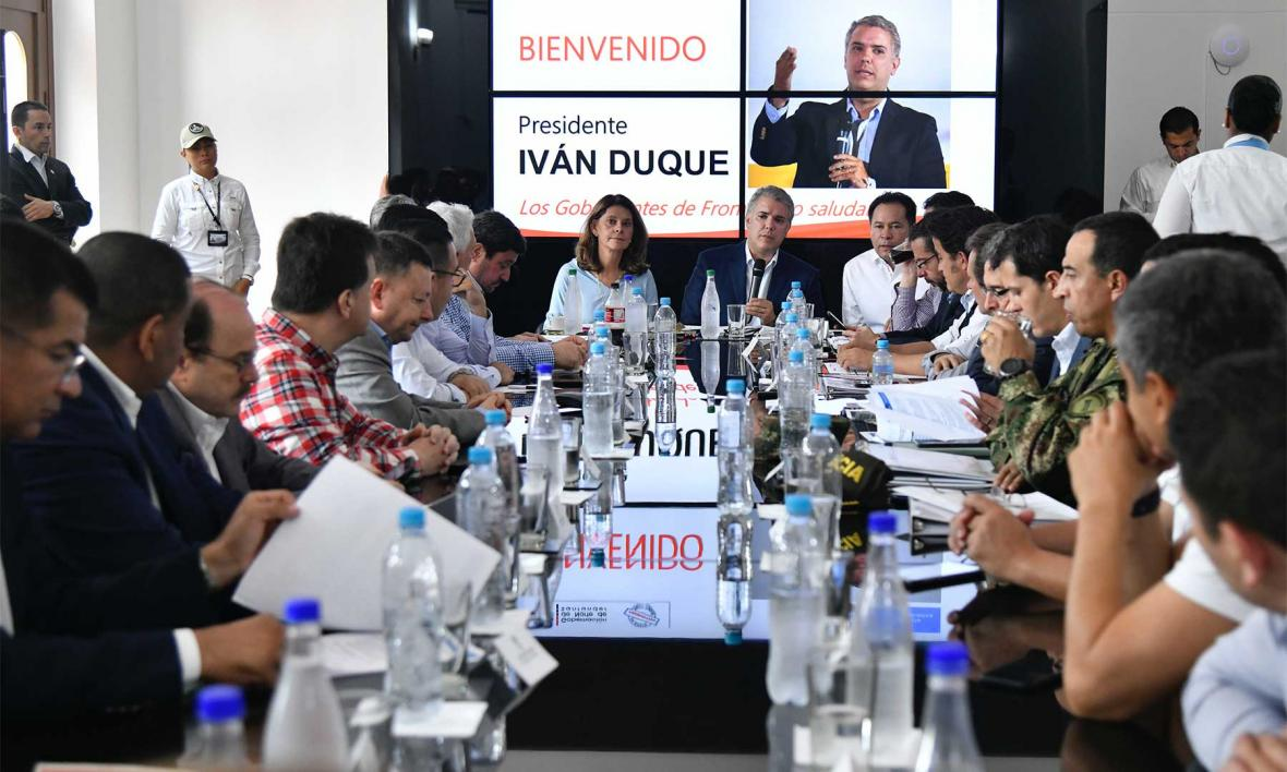Duque en la reunión con alcaldes y gobernadores de zonas fronterizas con Venezuela.