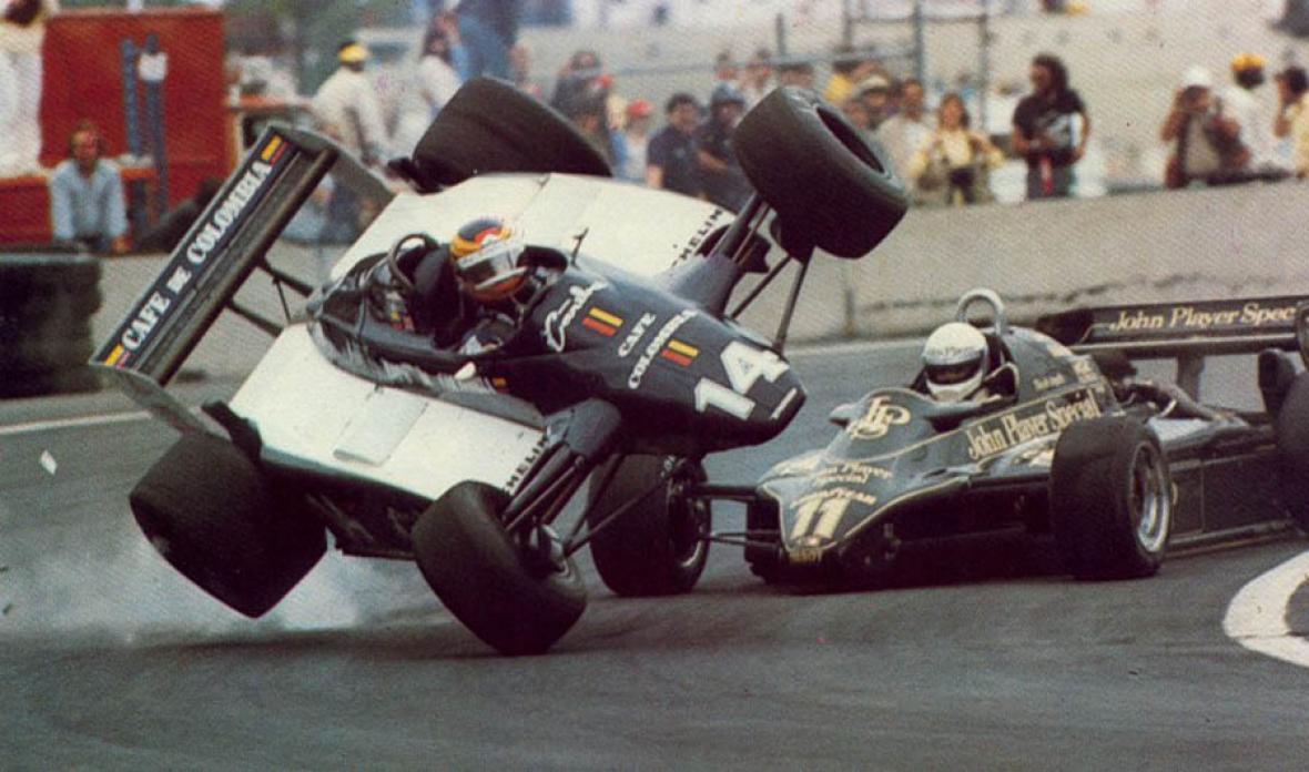 Uno de los tantos accidentes que tuvo el piloto antioqueño Roberto José Guerrero Isaza en su carrera.