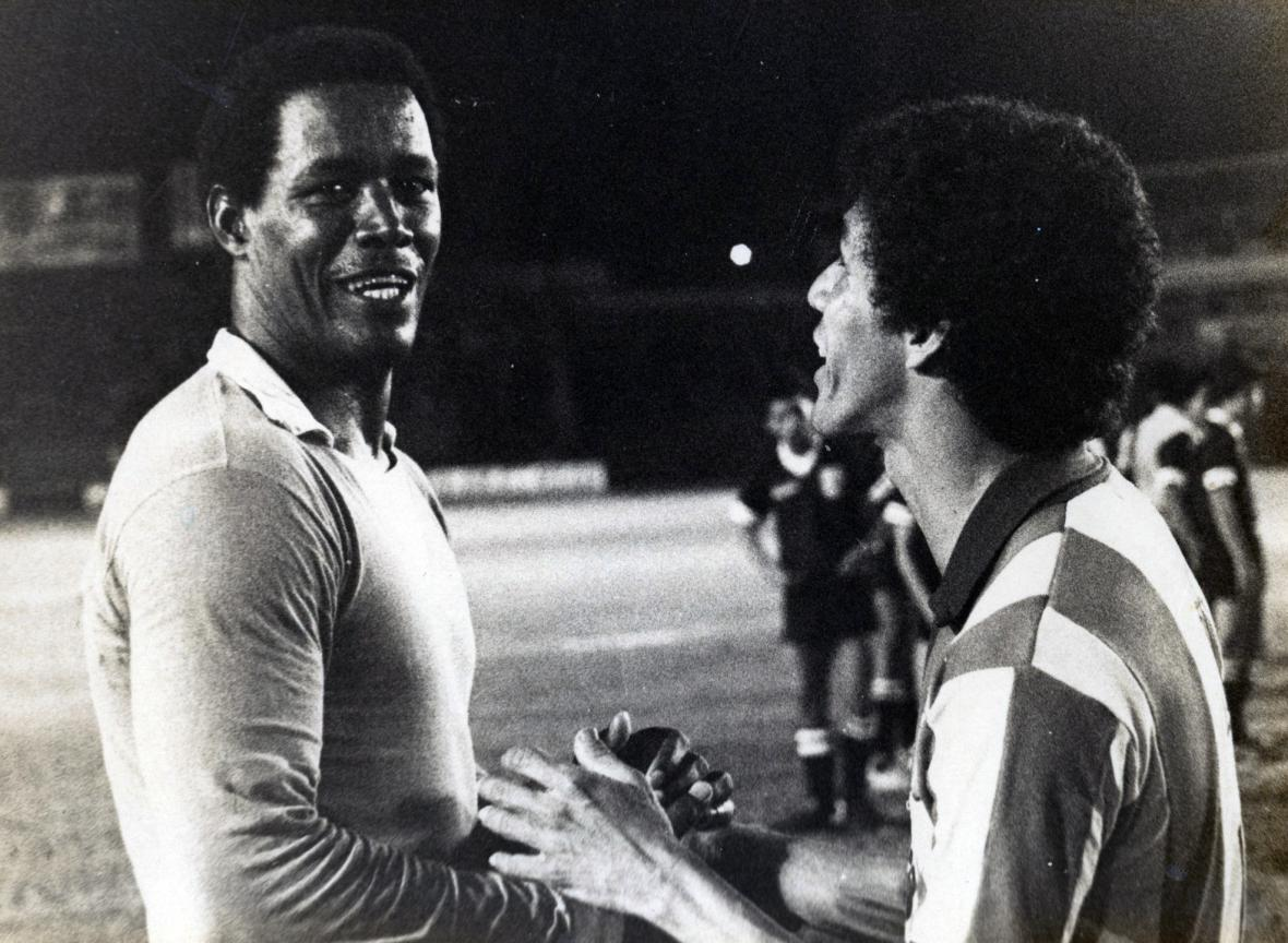 'Chimilongo' Robles (izquierda) junto al exfutbolista del Junior, Óscar Bolaño.