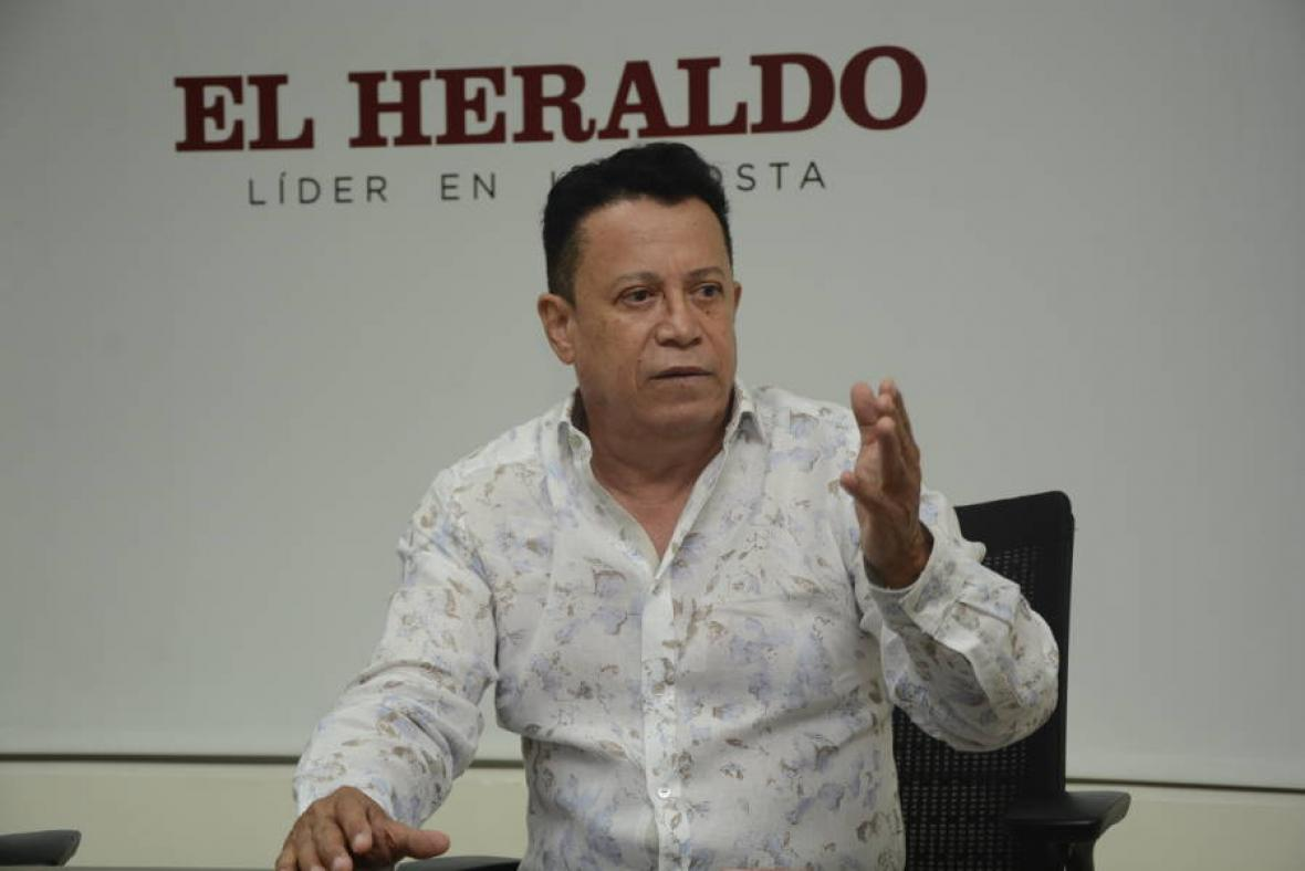 Roberto Calderón, compositor.