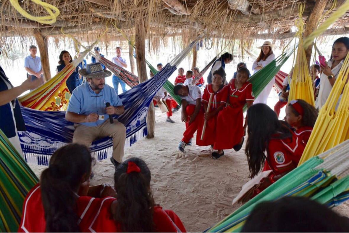 Piden acciones urgentes tras muerte de 16 niños por desnutrición en Guajira