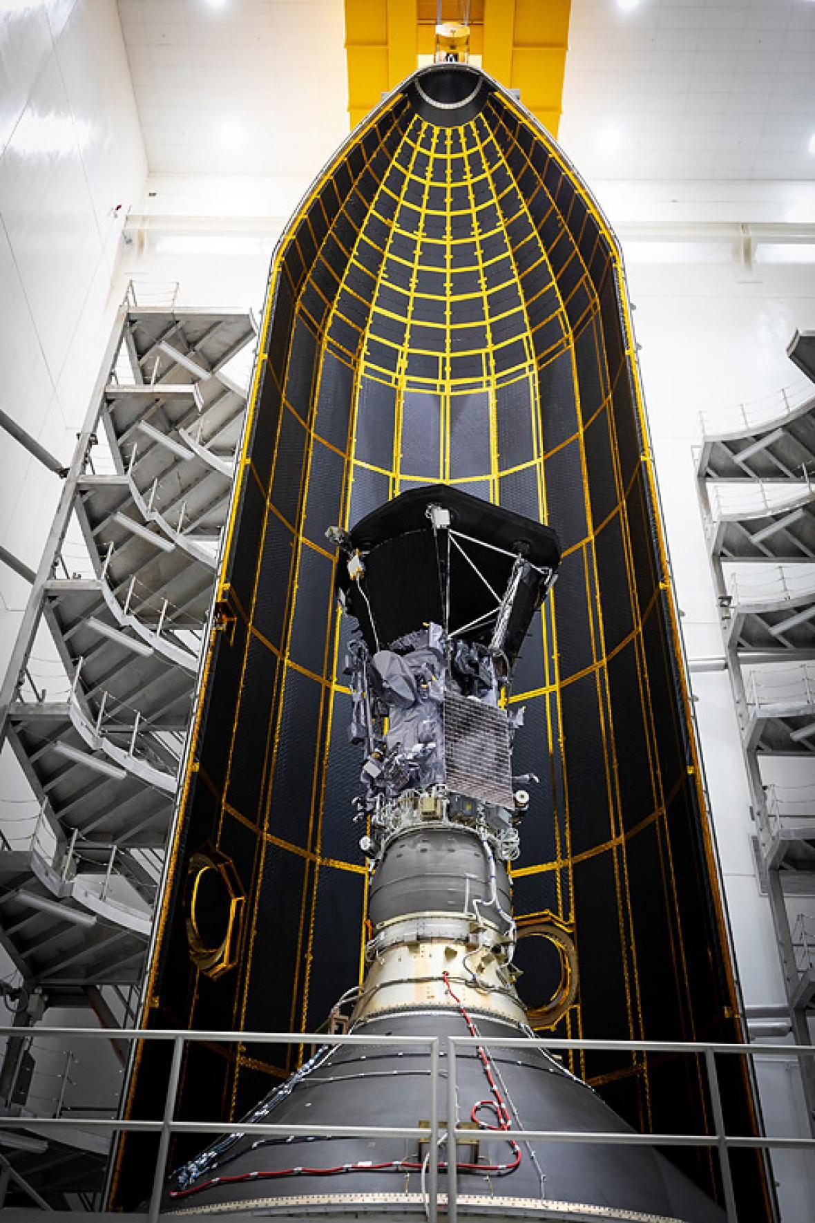 Sonda Solar Parker antes de su traslado a plataforma.
