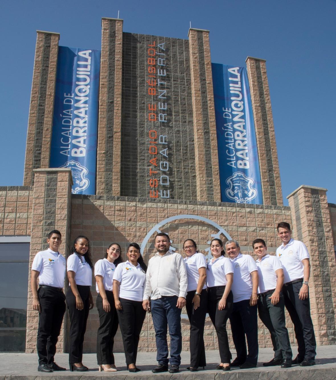 Visita del grupo HBR Hoteles al estadio Édgar Rentería.
