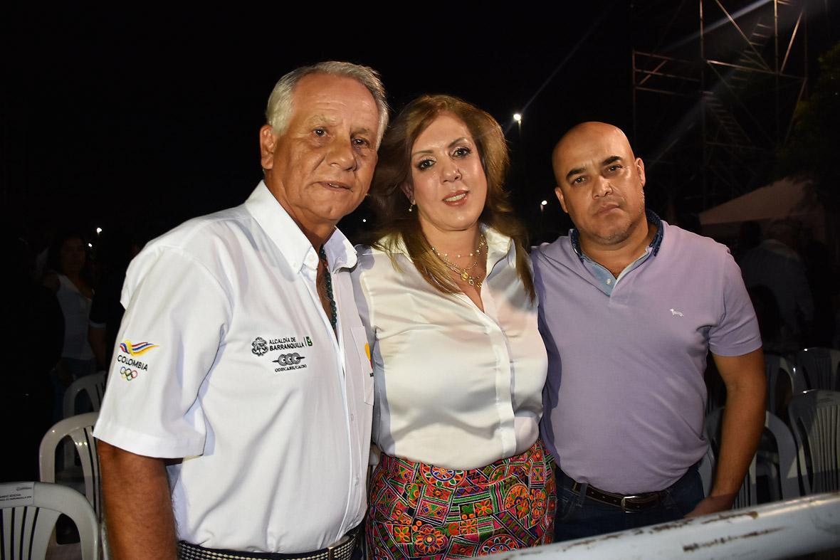Pedro Salcedo, Clara Luz Roldán y Gonzalo Baute.