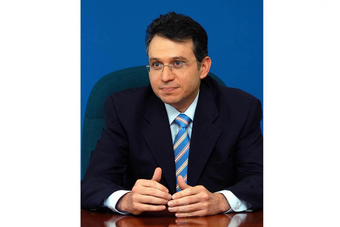 Javier Lastra Fuscaldo, agente especial para Electricaribe.