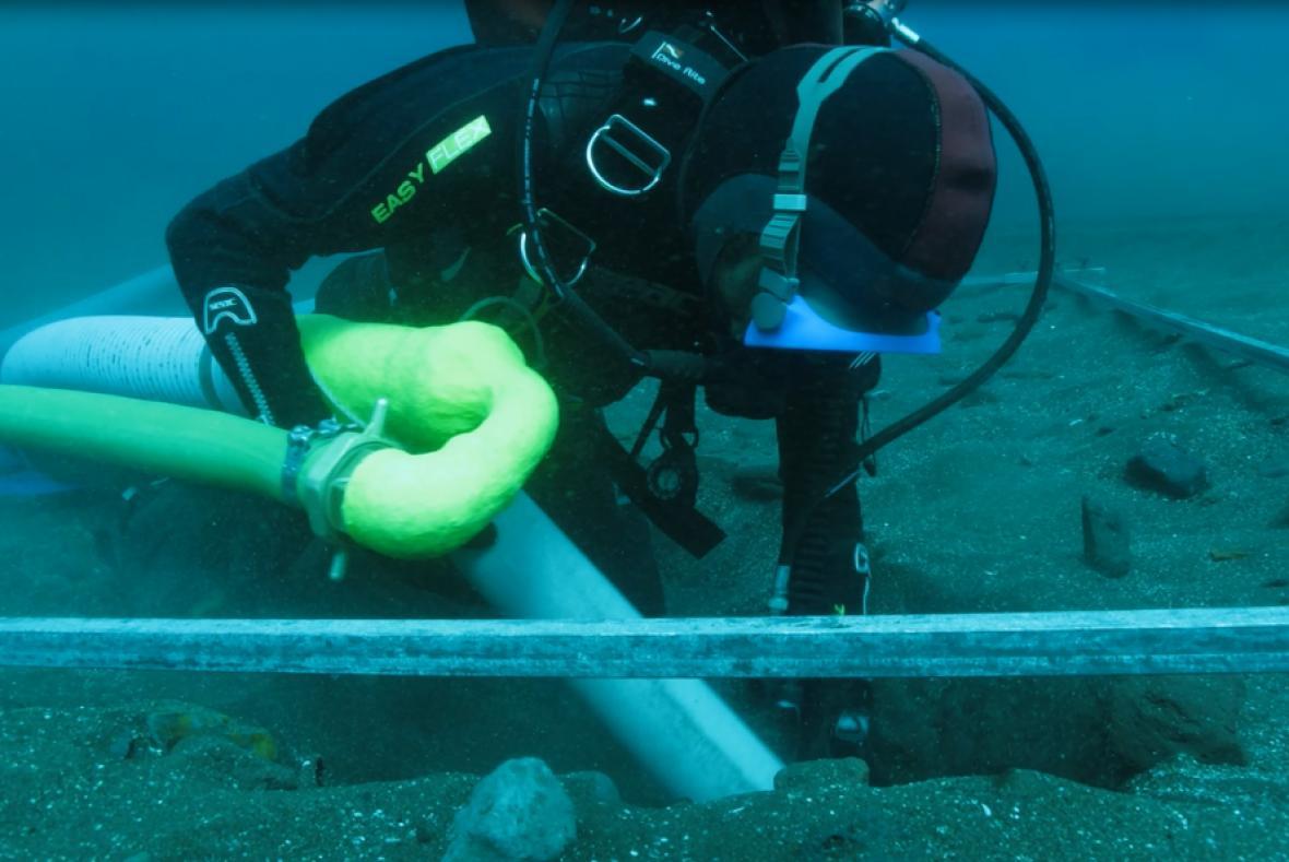 José Bettencourt en trabajo de mar.