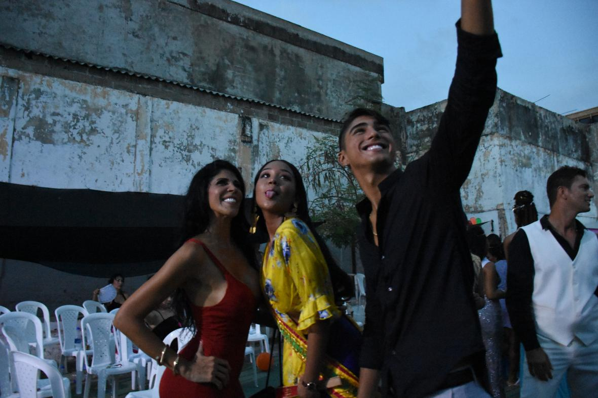 Liliana Campos baila en la cárcel de San Diego en Cartagena